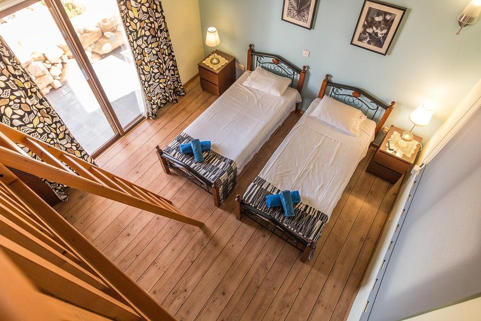 Astuce pour decorer sa maison vous pouvez en mme temps choisir parmi vos anciennes meubles et for Decorer un petit studio