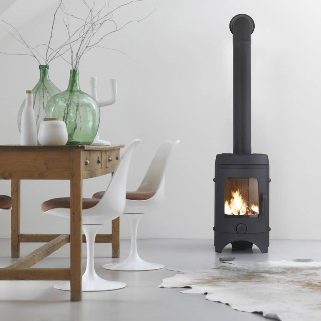 quel po le bois choisir pour une maison bbc home dome. Black Bedroom Furniture Sets. Home Design Ideas
