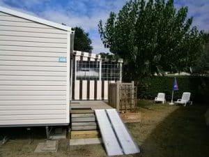 Une terrasse pour compl ter votre mobile home dans votre jardin - Mobil home dans son jardin ...