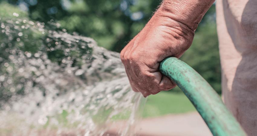 pourquoi il est important de rcuprer leau de pluie pour votre maison - Utiliser L Eau De Pluie Pour La Maison