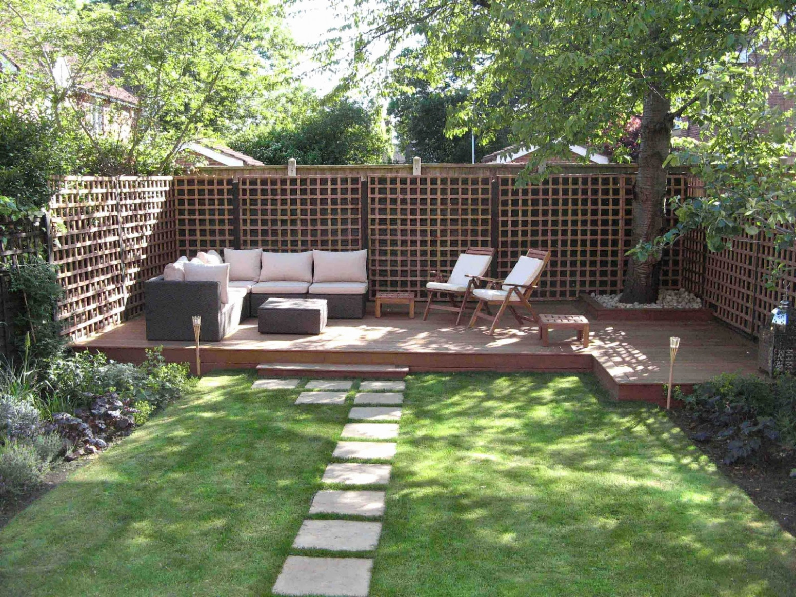 comment r ussir facilement votre am nagement de jardin. Black Bedroom Furniture Sets. Home Design Ideas